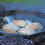 Kruh izpodpeke