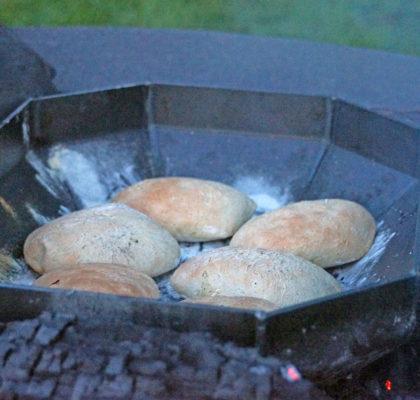 kruh-izpodpeke-1